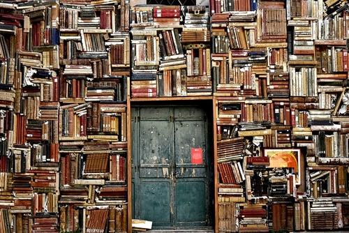 ¿Cuál es la Mejor Manera de Enviar Libros por Courier o Correos (2)
